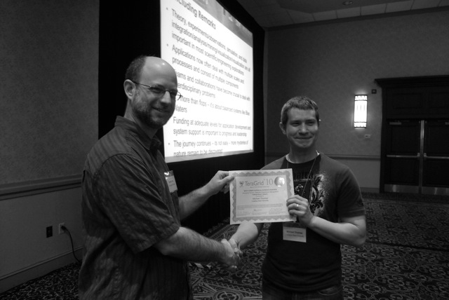 Michael Thomas receiving TeraGrid 2010 Best Student Poster award